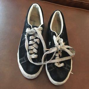 e44275bfa9de Converse Shoes - Women s size 9 circa 1990 platform converse